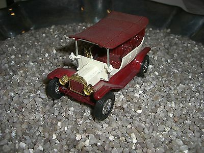 FORD T 1911  Modell of Yesteryear MATCHBOX  Made in England by Lesney nr 16