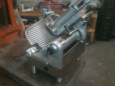 Hobart Commercial 1712R Roast Beef Automatic Meat Slicer. 1/2 Hp Mint