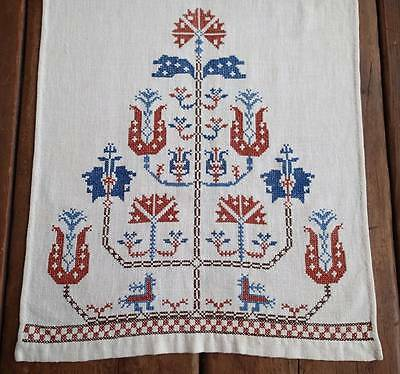 Exquisite Antique Embroidered SHOW TOWEL Deer Floral 42x16