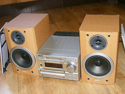 Sony DHC-MD373 Mini Component HiFi Stereo System, MiniDisc, CD, Radio, Speakers