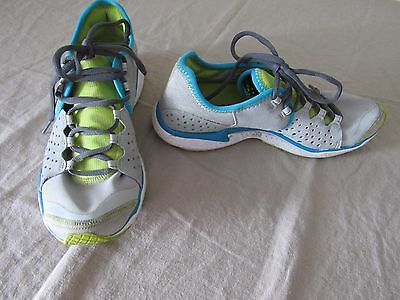 Under Armour 4d Foam Running Shoes Gray Blue Ladies SIze 7.5