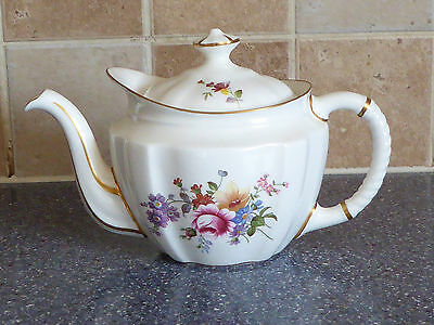 Royal Crown Derby , Derby Posies Small Teapot , Flowers , China , Dinner Service