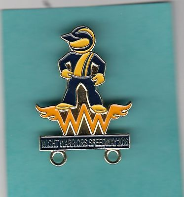 2016  Isle  Of  Wight  Warriors   Gold   Speedway     Badge
