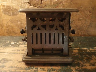 Vintage Antique Landers Frary & Clark Universal Toaster Metal Electric E9412A