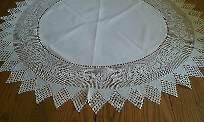 """Lovely Vintage 38"""" Ivory Linen Tablecloth ~ 8"""" Hand Crocheted Edge"""