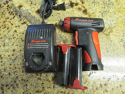 Snap On Cts561cl Cordless Screwdriver 7.2v & 2 Batteries And Charger