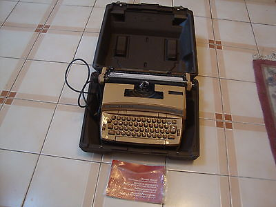 Antique Smith Corona Typewriter Coronet Super 12 With Case