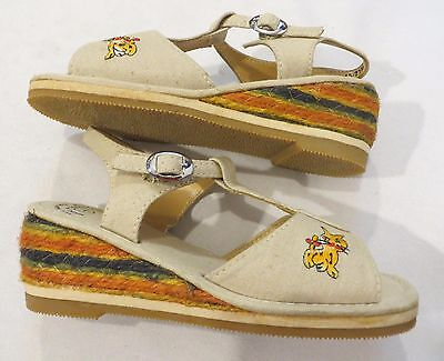 Vintage 70s Girls Sandals Dead Stock 1 1/2 Tiger Cat Patch