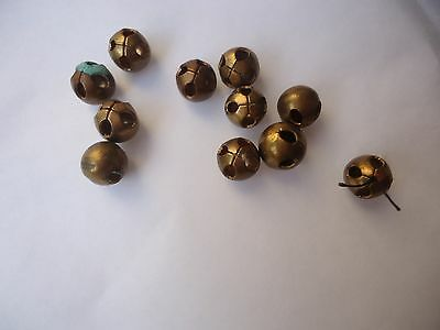 11  anciens boutons grelots   6mm èpoque 1900