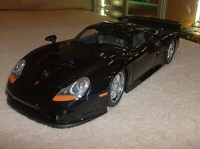 UT Models 1/18 Scale - 27847 Porsche 911 GT1 1997 Black