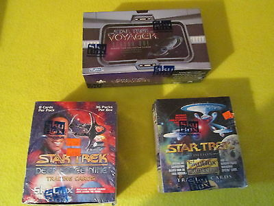 3 boxes Star Trek trading card packs - Voyager Deep Space Nine Master Series