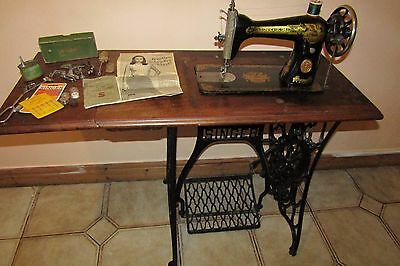Working Vintage Singer Treadle  Sewing  Machine With Original Extras