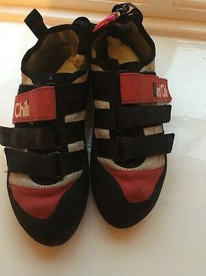 Red Chili Spirit VCR Climbing Shoes Size 6