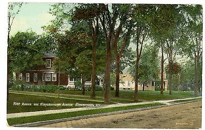 Gloversville NY - FIRST AVENUE & KINGSBOROUGH AVENUE - Postcard