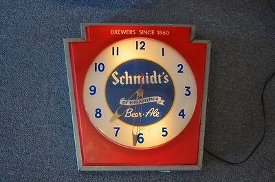 Vintage Schmidts of Philadelphia Beer Light-Up Advertising Clock