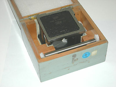 Hilger & Watts TP103.301 optical square / mounted penta prism w/spindle, 1 sec.