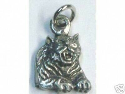 LOOK 0535 Tiger Pendant Charm Silver Gothic Celtic Jewelry
