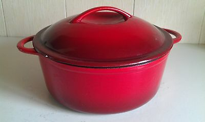 Large Red Cast Iron 25cm Round Casserole / Dutch Oven / Stock Pot