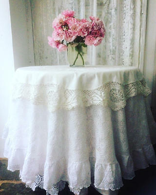~*Circular Embroidered & Lace Vintage French Tablecloth/Topper*~