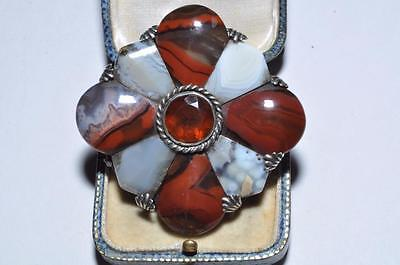 Brautiful Vintage Scottish Agate Hardstone Pebble Brooch With Cushion Stones