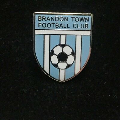 Brandon Town Football Club Metal Pin Badge Excellent Condition
