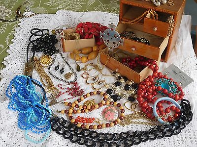 Lovely Vintage 1960s Box full of Assorted Vintage Costume Jewellery