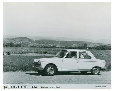 1968 Peugeot Berline Grand Luxe Automobile Factory Photo ch4964