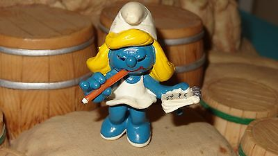 Smurfs Secretary Smurfette (White Dress) Smurf Rare Vintage Display Figure