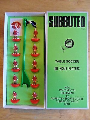Subbuteo Table Soccer Heavy  Weight Team Liverpool Ex Condition