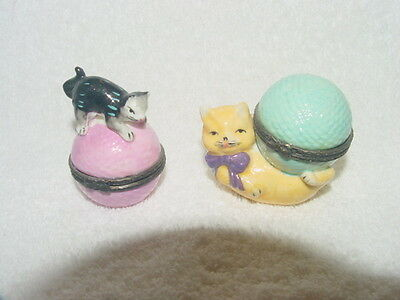 Cat / Kitten With Ball Of Yarn Hinged Trinket Boxes Seymour Mann 1997 Lot Of 2