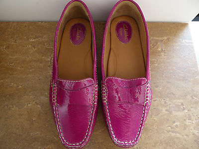 clarks ladies flat shoes size 9 leather bright pink