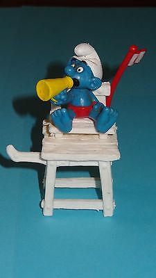 Smurfs Lifeguard Super Smurf Lifesaver Yellow w/ Bullhorn Rare Vintage Display