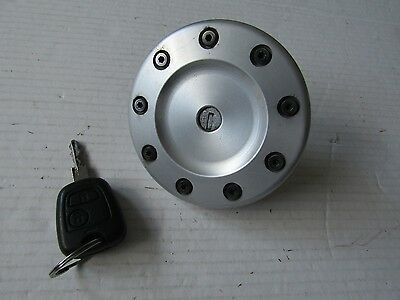 98+ Peugeot 206 lx s gti hdi CC SW Fuel filler cap cover and key