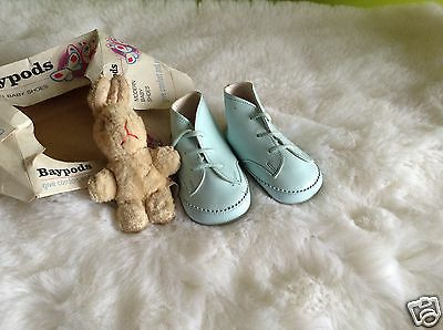AUTHENTIC VINTAGE INFANT CHILDRENS 1970s UNUSED BABY BOYS BOOTS 6/9 M BNIB