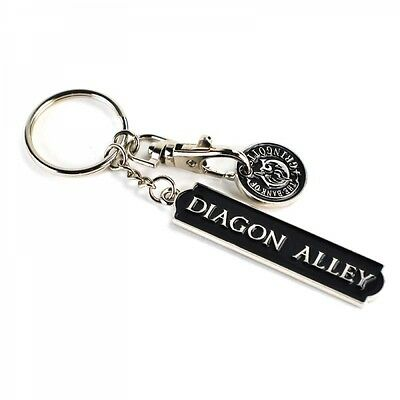Harry Potter Diagon Alley Metal Keyring With Gringotts Trolley Coin New Bnwt