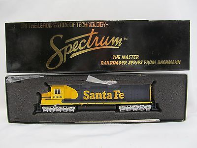Bachmann Spectrum Santa Fe EMC SD45 War Bonnet Diesel Locomotive Engine C-9 New