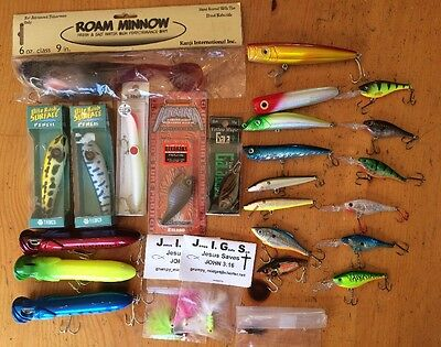 Lot Of 28 ASSORTED FISHING LURES