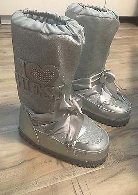Kids Guess Silver Snow Boots Size 3/ Winter Boots