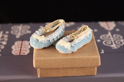 UFDC BLUE SLIPPER SHOES BOX Alice Leverett For MARIE TERESE French Fashion Doll