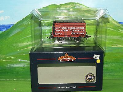 Bachmann 37-181 South Wales & Cannock Chase wagon with coke rail - Boxed