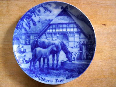 Limited Edition Muttertag 1978 Mare Foal Mother's Day 1978 Blue Plate W Germany