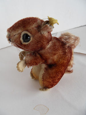 Steiff squirrel miniature mohair button flag made in Germany 1775