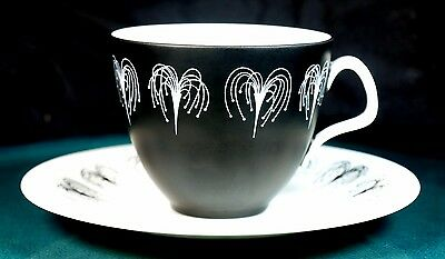 Foley Hazel Thumston Domino Coffee Cups & Saucers - Excellent Condition