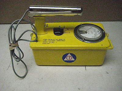 Victoreen Lionel CDV-700 radiation meter geiger counter, calibrated 2010 #47527