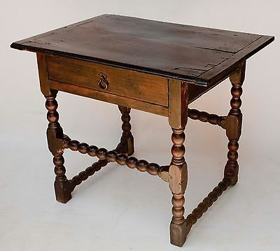 AMERICAN WALNUT TAVERN TABLE 18TH c; OLD OR ORIGINAL FINISH ON BASE