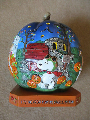 Danbury Mint Peanuts IT'S THE GREAT PUMPKIN CHARLIE BROWN Lighted Halloween