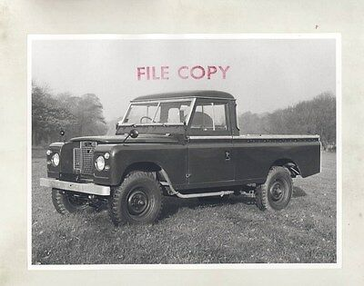 1969 Land Rover Series II 109 Basic ORIGINAL Factory Photograph wy0824
