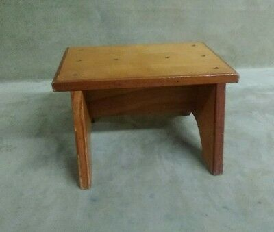 Small Table Work Surface Step Stool Bench, Shop Seat for Dorm Room ...