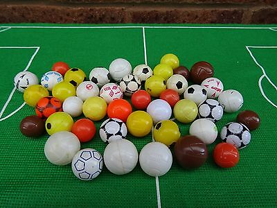 + JOB LOT of Subbuteo Balls/Footballs - WORTH A L@@K +