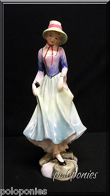 ROYAL DOULTON Polly HN3178 - Retired 1991 - Classic Pretty Ladies Series